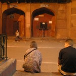 5:50am- waiting for the Taj Mahal to open